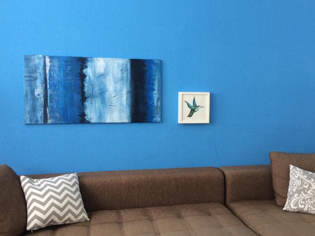 Blaues Wohnzimmer macht glücklich
